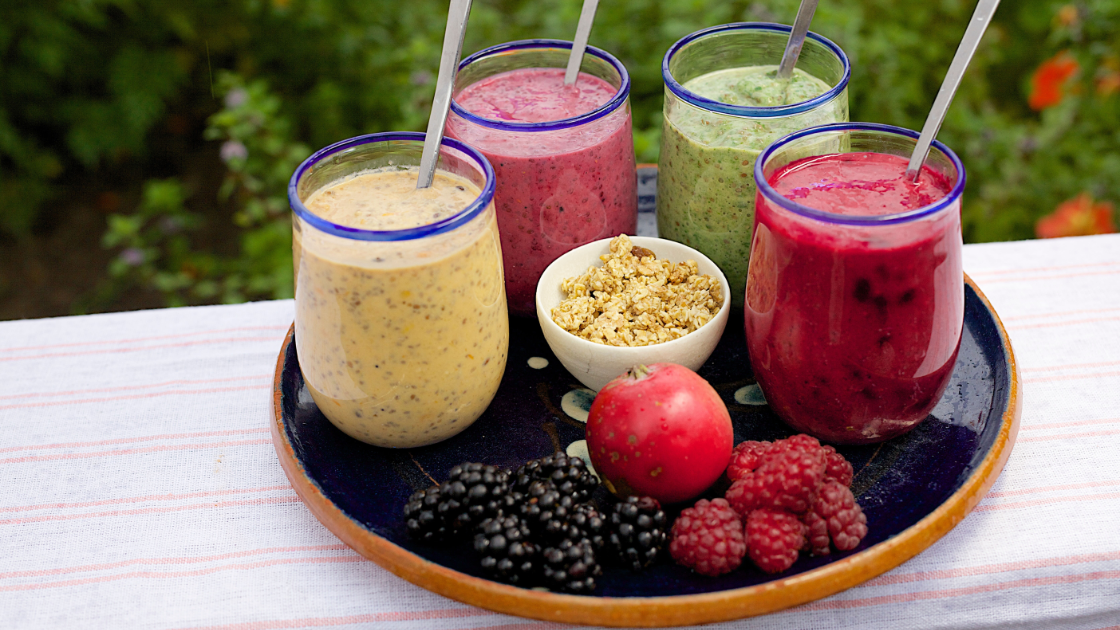 6 smoothies for Better and Faster Healthy Weight Gain.